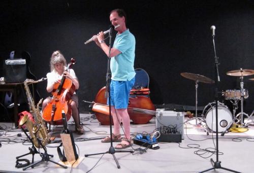 Karen (cello), Lucas (dwarsfluit)